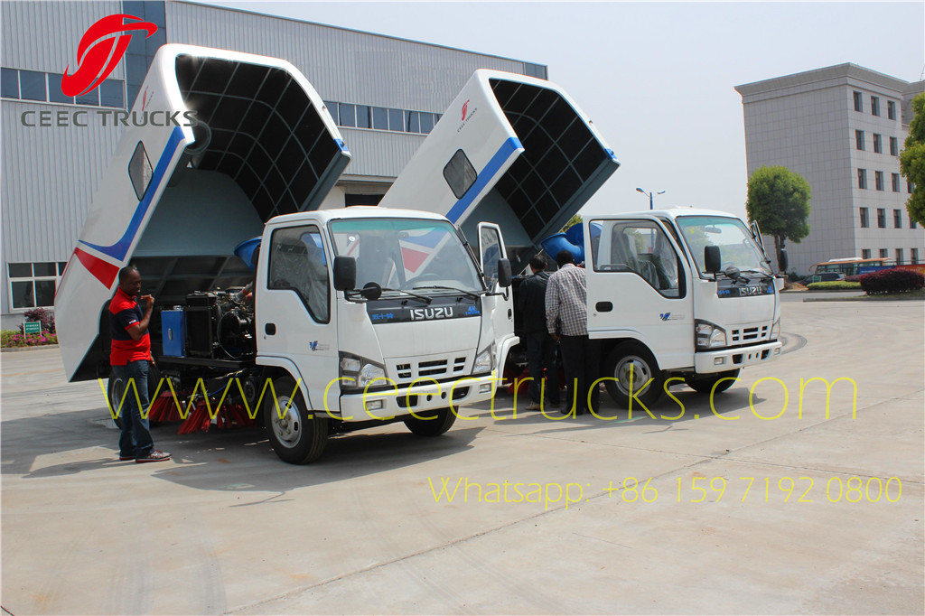 ISUZU 5cbm road sweeper truck export Nigeria