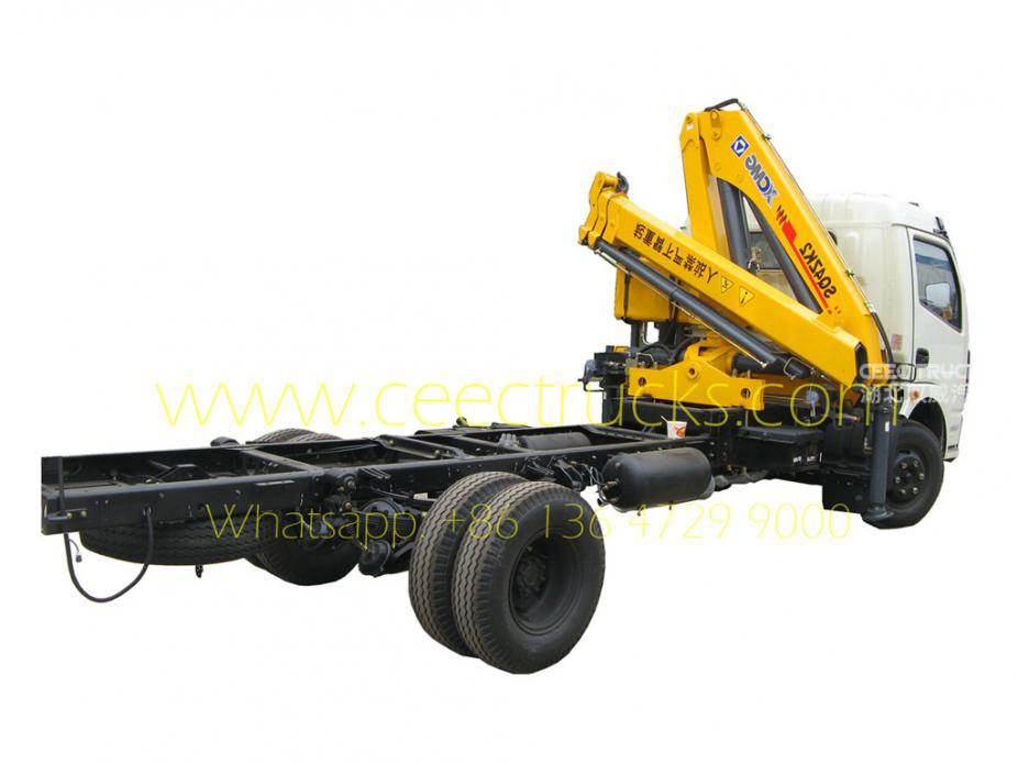 Dongfeng 2 Tons knuckle crane mounted trucks
